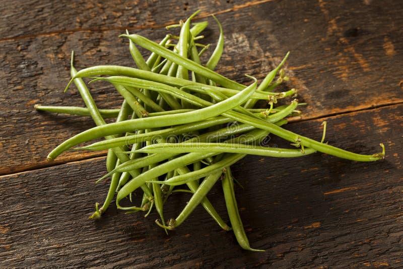 Habas verdes francesas crudas orgánicas frescas imagen de archivo