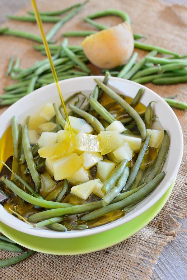 Download Habichuelas Verdes Y Patatas Foto de archivo - Imagen de sopa, limón: 44850142