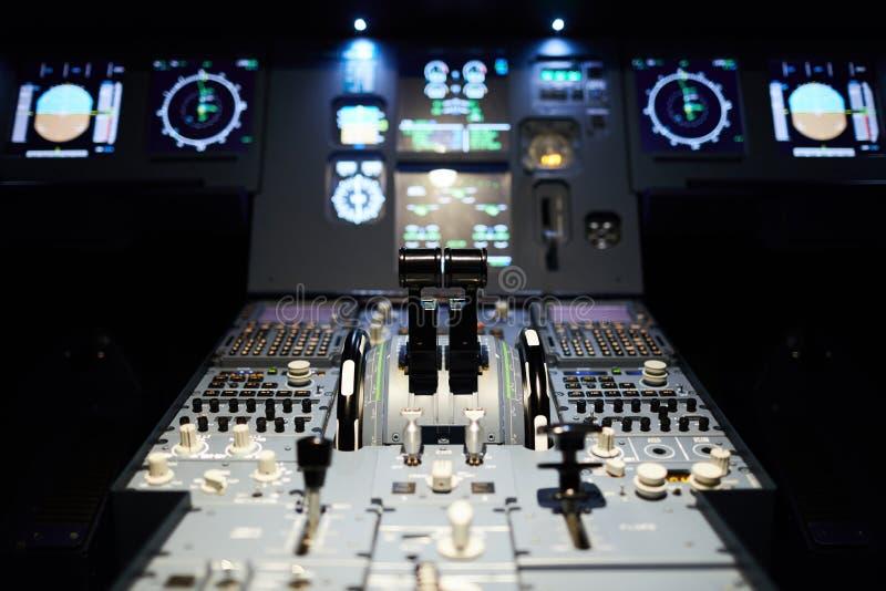 Habitacle d'avion avec l'illumination images stock