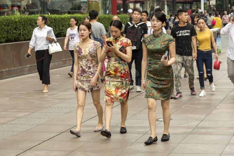 Habitants de Changhaï la ville la plus riche en Chine image libre de droits