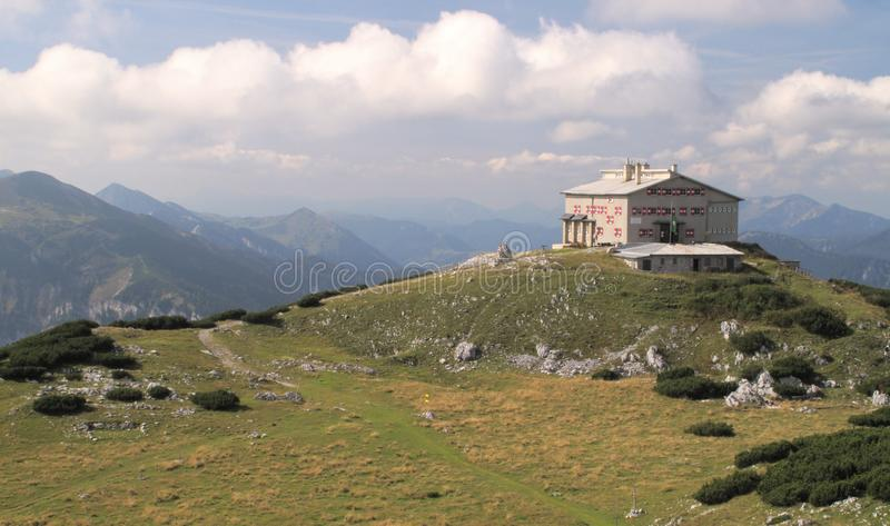 Habsburger moutnain Hütte in den Rax Alpen stockbilder