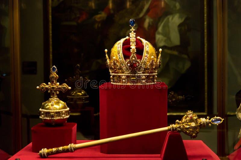 Habsburgs krona, sceptre och orb royaltyfri fotografi