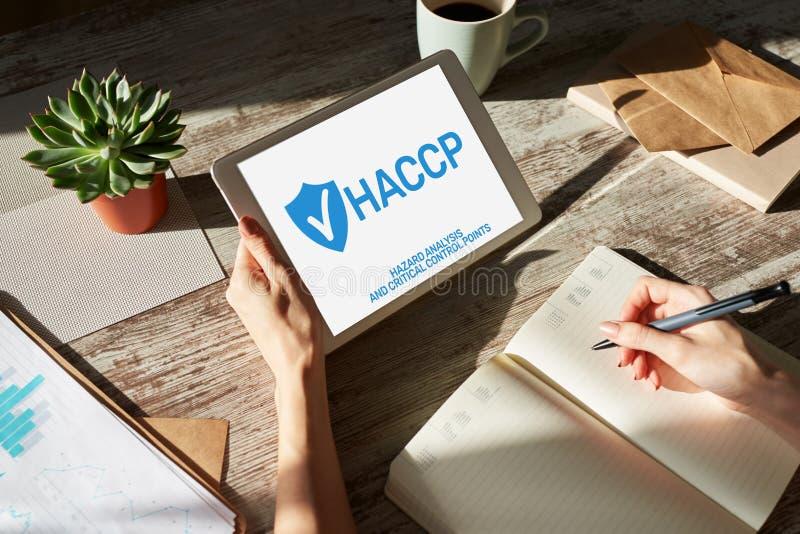 HACCP - An?lisis de peligro y punto de control cr?tico Est?ndar y certificaci?n, reglas de la gesti?n del control de calidad fotografía de archivo libre de regalías