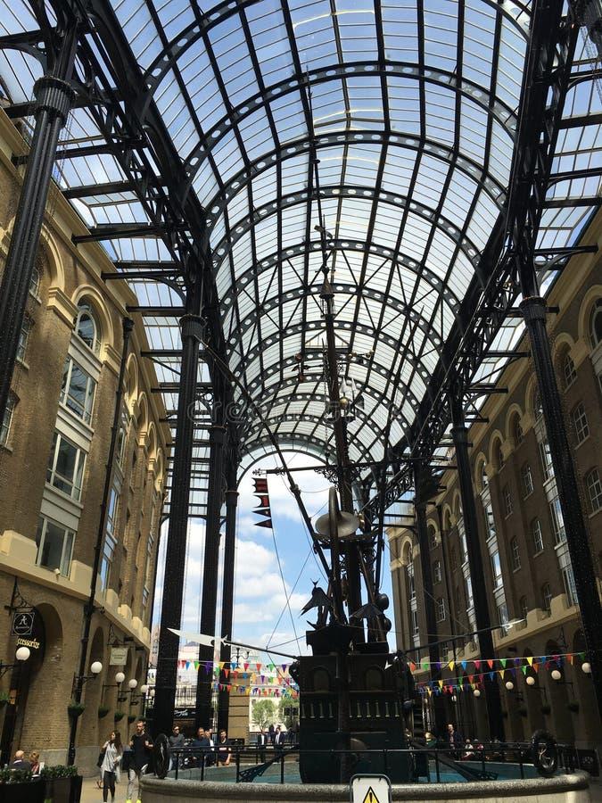 Hace heno el puente de Londres del galleria imagen de archivo libre de regalías