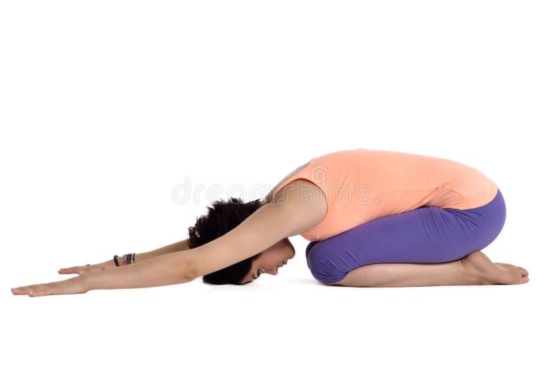 Hacer yoga foto de archivo libre de regalías
