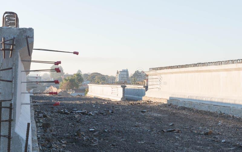 Haces concretos para el viaducto 3 del camino fotos de archivo