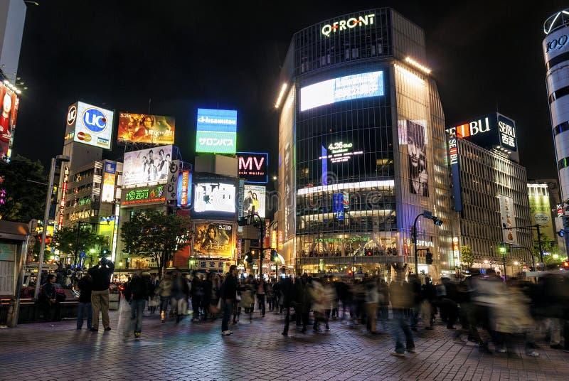 Hachiko横穿在中央东京日本shibuya地区  库存照片