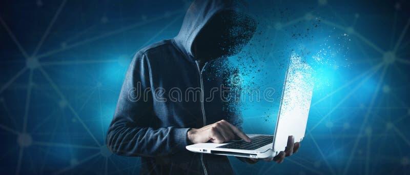 Hacker med bärbar dator Datorbrott royaltyfria foton