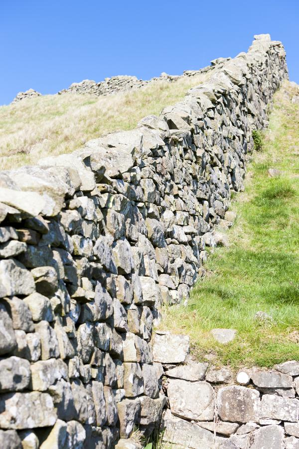 Hadrian& x27; pared de s, Northumberland, Inglaterra foto de archivo libre de regalías