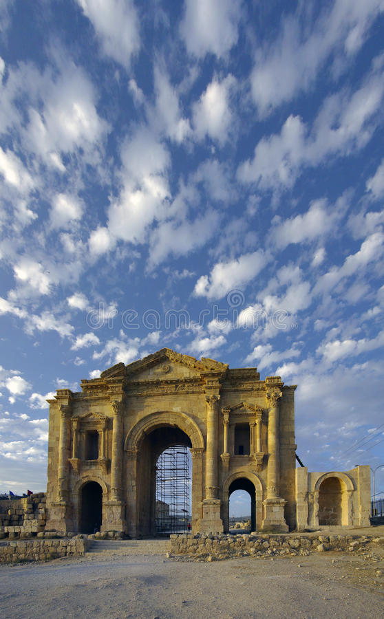 Hadrians Bogen, Jerash, Jordanien. lizenzfreies stockbild