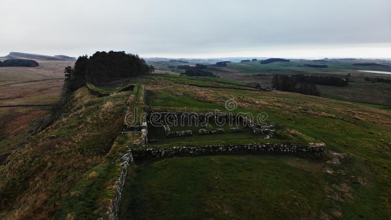 Hadrians hemman för port för torn för väggförsvar royaltyfri bild