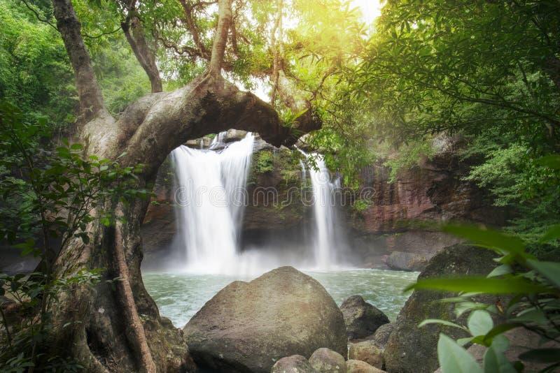Haew suwat waterval in Thailand, het nationale park van Khao Yai stock foto's