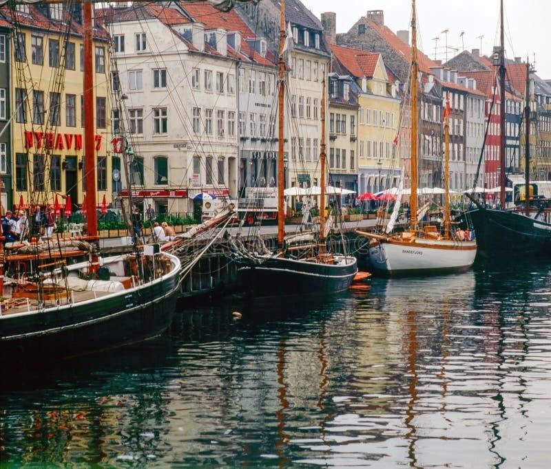 Hafen Nyhaven in Kopenhagen, Dänemark stockfotografie