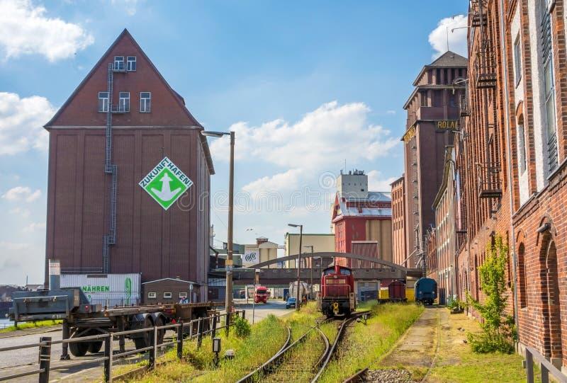 Hafen von Bremen, westlich der Stadt - Industrieviertel stockbilder