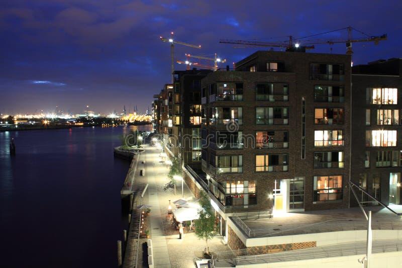 HafenCity bij nacht royalty-vrije stock fotografie