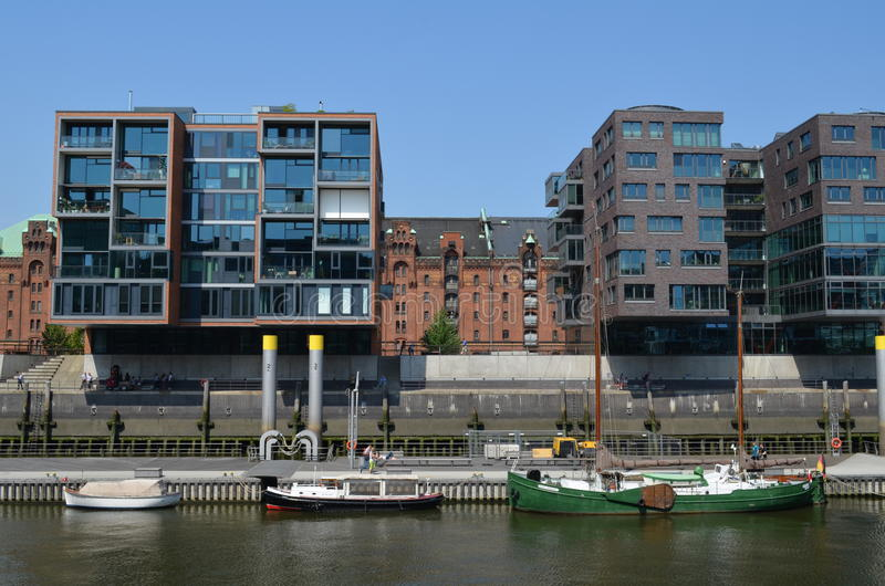 Hafencity Hamburg, ett splitterny hamnkvarterområde i Hamburg royaltyfri fotografi
