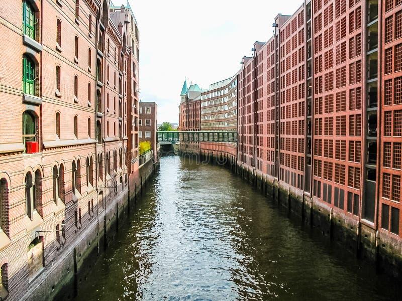 HafenCity w Hamburskim hdr zdjęcia stock