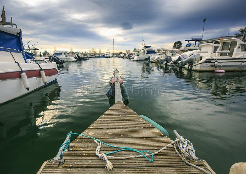 Hafenviel von Luxusyachten lizenzfreie stockbilder