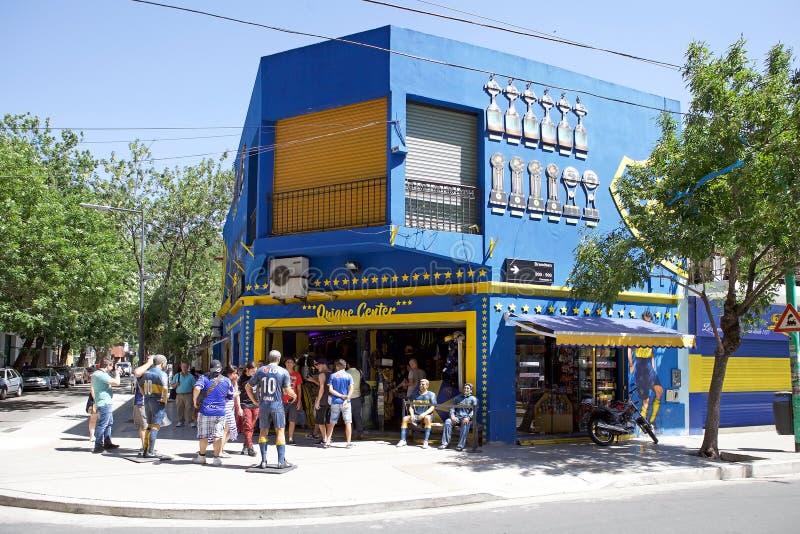 Haga compras en el La Bombonera del estadio en el La Boca, Buenos Aires, la Argentina foto de archivo libre de regalías
