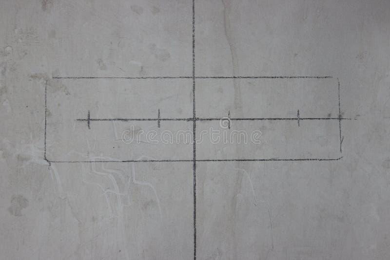 Haga las placas de pared para los interruptores y los receptáculos en el muro de cemento reparación en el apartamento o la casa c libre illustration