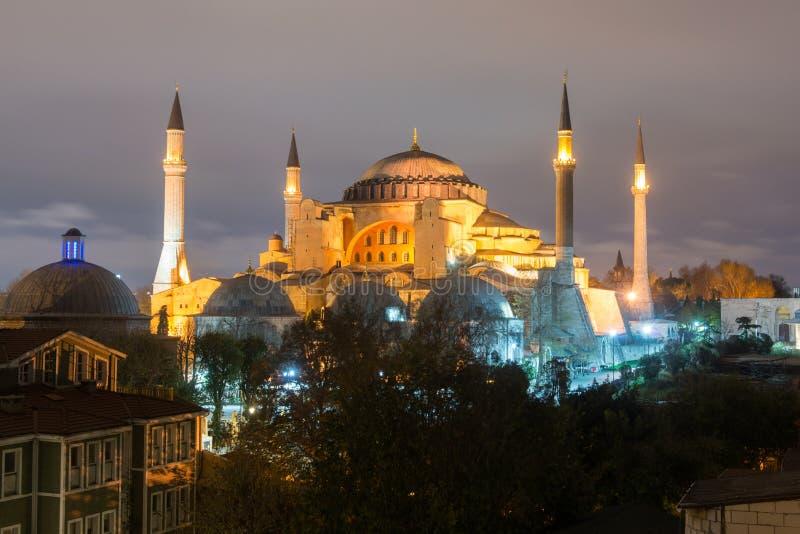 Hagia Sofia bij nacht in Istanboel, Turkije stock foto