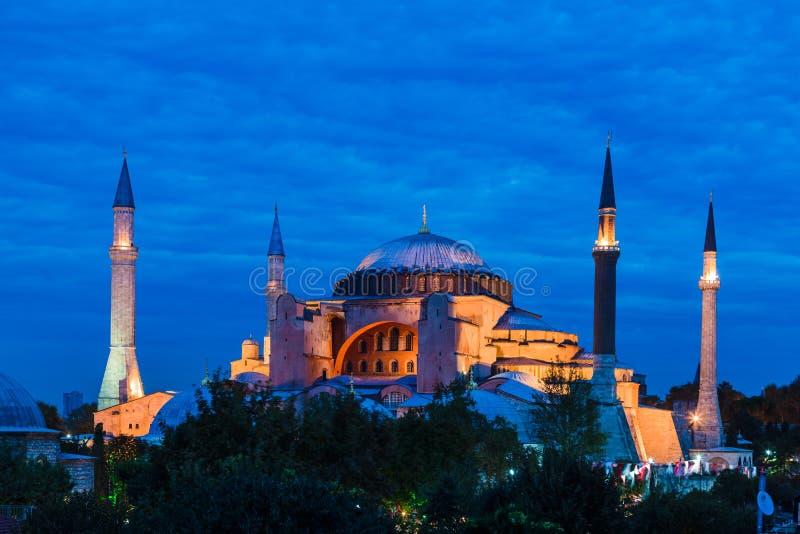 Hagia Sophia como quedas da noite imagem de stock