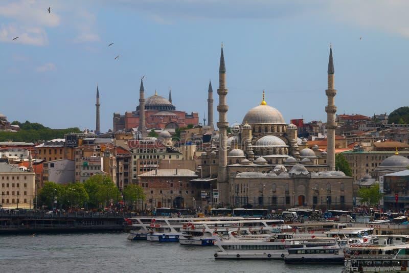 Hagia Sophia & Eminonu Yeni Mosque fotos de stock
