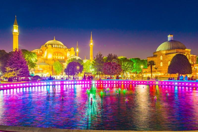 Hagia Sophia en Estambul, Turquía temprano en la noche imagenes de archivo
