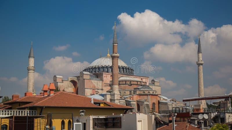 Hagia Sophia, mosquée et musée, basilique chrétienne, en parc de Sultanahmet à Istanbul, la Turquie photo libre de droits