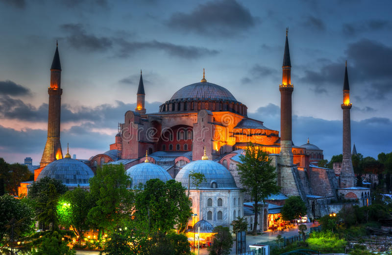 Hagia Sophia på en solnedgång royaltyfri bild