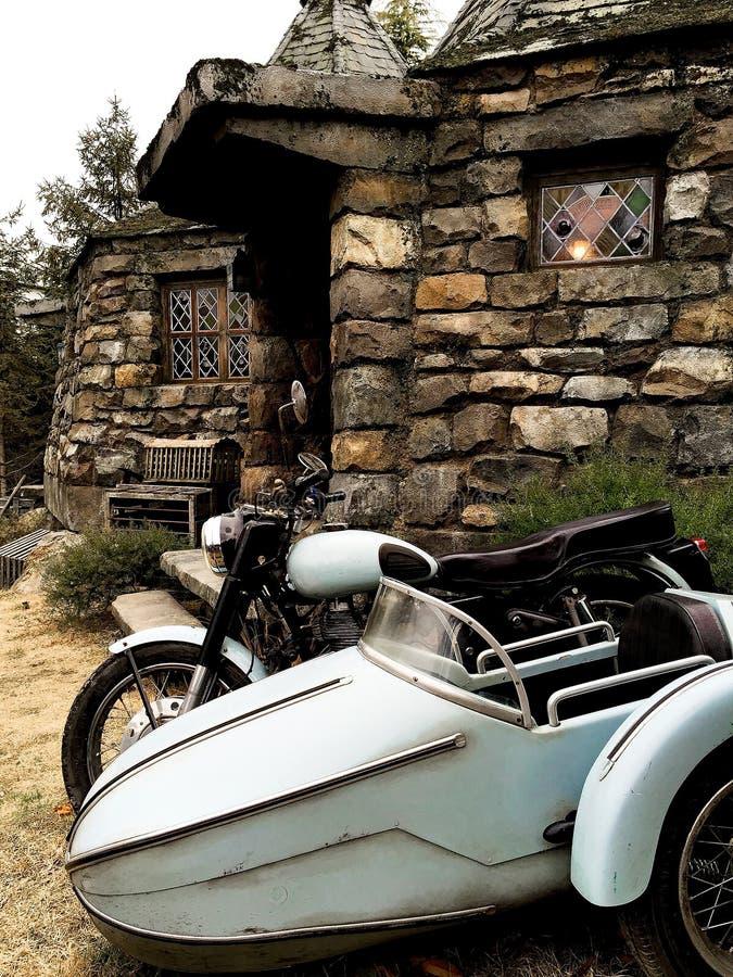 Hagrid-` s Motorrad und Hintergrund Haupt-Hagrid lizenzfreie stockfotos