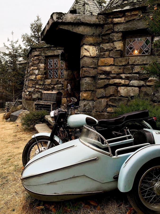 Hagrid-` s Motorrad und Hintergrund Haupt-Hagrid lizenzfreies stockfoto