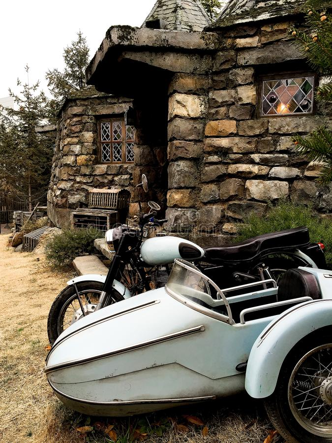 Hagrid-` s Motorrad und Hintergrund Haupt-Hagrid stockbild