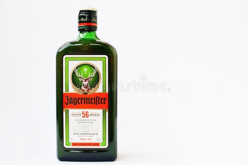 Hai, Ucrania -14 marzo de 2017: El digestif alemán de Jagermeister hizo w fotografía de archivo libre de regalías