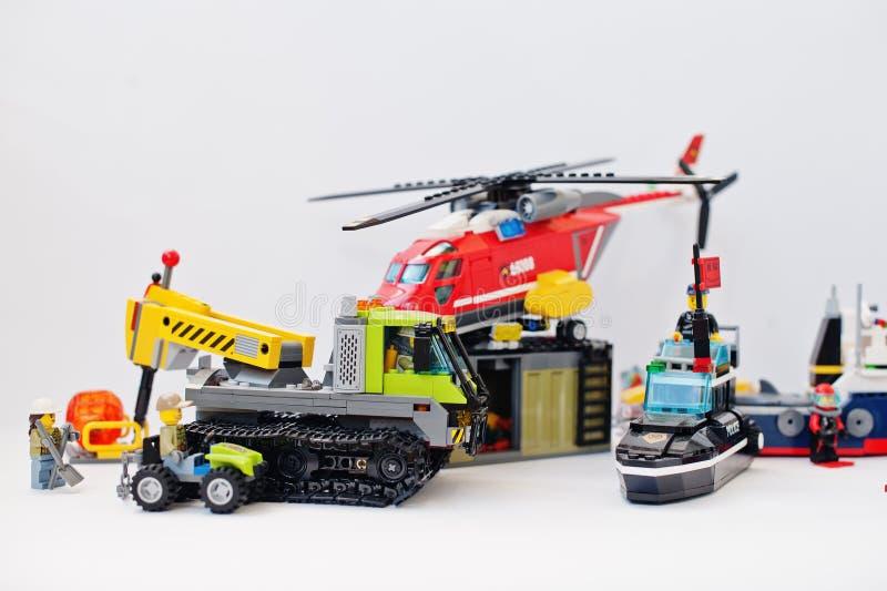 Hai Ukraina, Marzec, - 1, 2017: Różne zabawki od Lego bloków L obraz royalty free