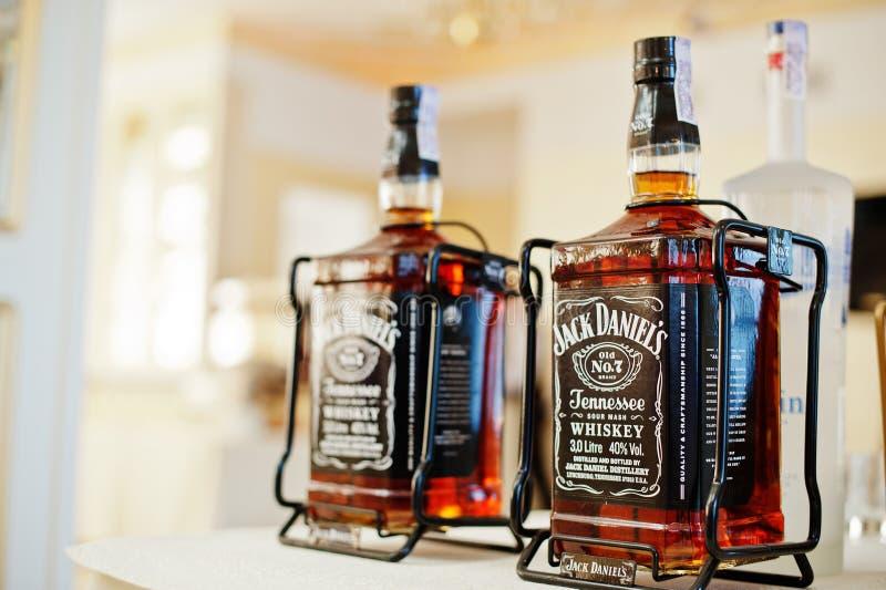 Hai Ukraina, Sierpień, - 10, 2017: Jack Daniel ` s alkoholu napój w b obraz stock
