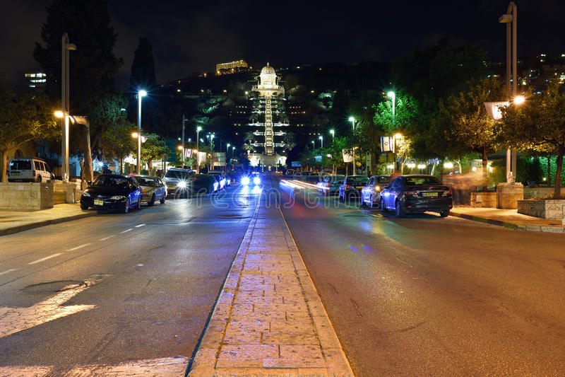 Haifa, nachtmening stock fotografie