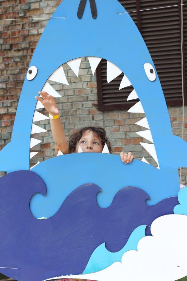 Haifisch isst mich stockfoto
