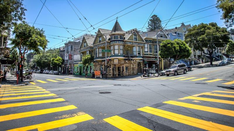 Haight ulica w Haight-Ashbury San Fransisco Haight-Ashbury jest jeden sławny zdjęcie stock