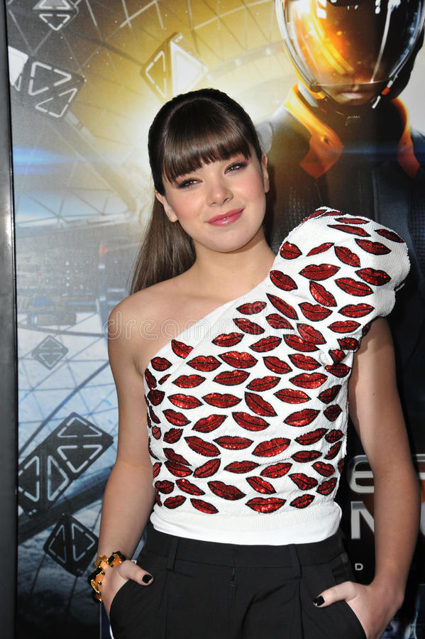 Download Hailee Steinfeld editorial stock photo. Image of event - 68813208