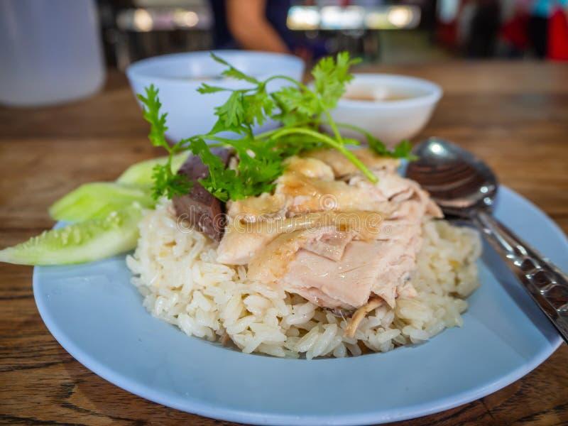Hainanese kurczaka ryż, Tajlandzki smakosz dekatyzowali kurczaka z ryż, bobowy kumberland i obrazy stock