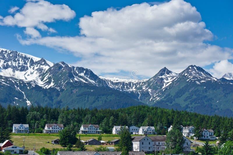 Haines stad nära glaciärfjärden, Alaska, USA royaltyfri fotografi