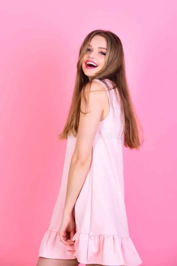 hairball piękna dziewczyna Zdrowy Długie Włosy wzorcowa piękno kobieta fryzury obrazy stock