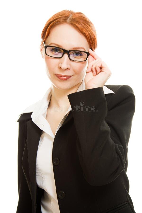 haired röd kvinna för attraktiva affärsexponeringsglas arkivfoto