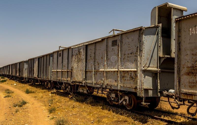 Haj-Eisenbahn, Jordanien, verlassene Züge stockfotos