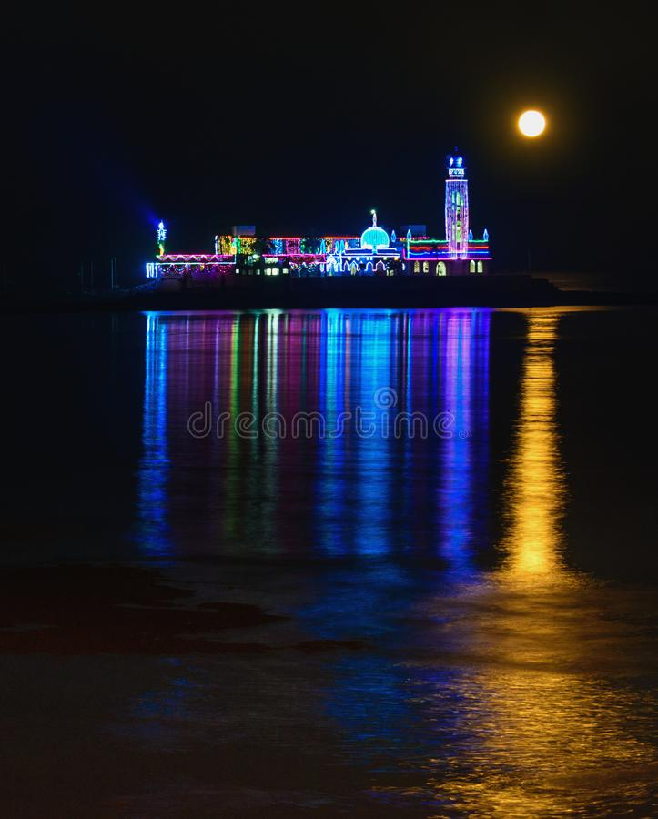 Free Haji Ali Mosque Lit For New Year With Full Moon Set Royalty Free Stock Images - 106937229
