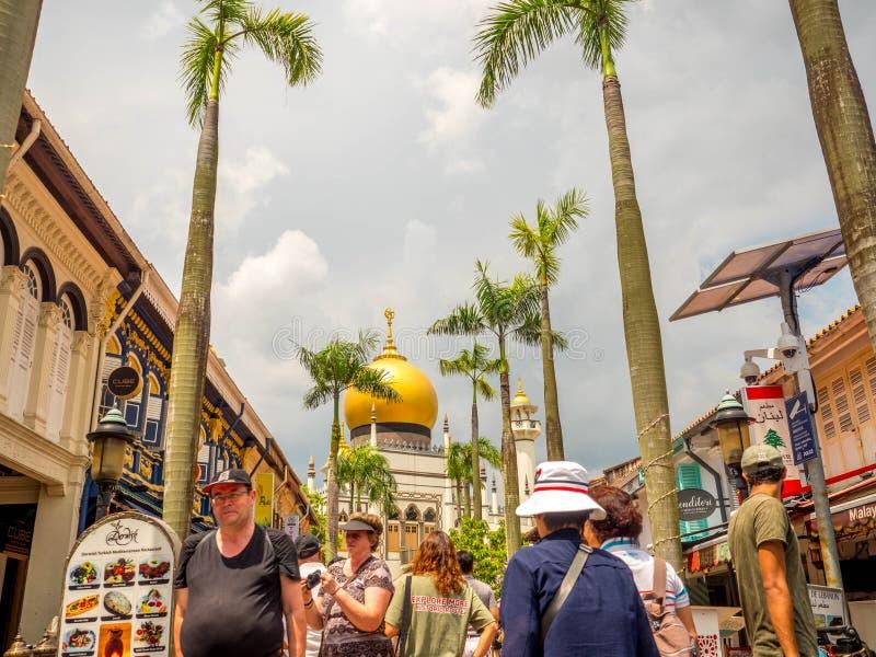 Haji pas ruchu, Singapur Nov 26, 2018; G??wny widok Masjid su?tan przy Muszkato?ow? ulic? w Kampong Glam Muzu?manina araba kwarta obrazy stock