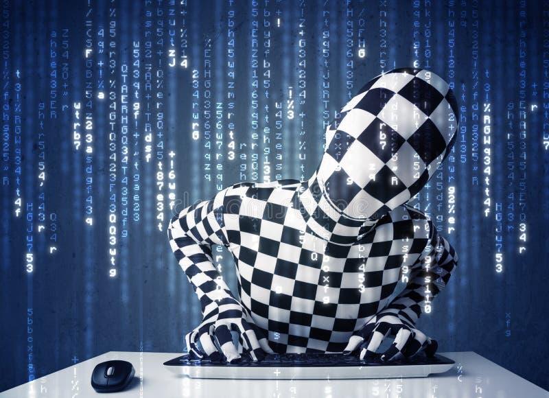 Hakker in lichaamsmasker het decoderen informatie van futuristisch netwerk royalty-vrije stock afbeeldingen