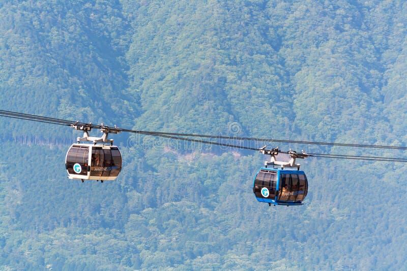 Hakone, Giappone - 17 maggio 2018: Viaggio di cabina di funivia del ropeway di Hakone fotografia stock