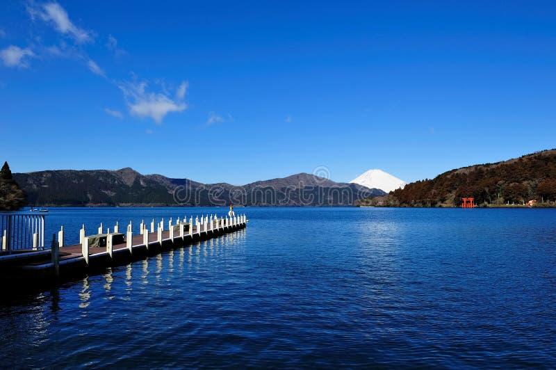 Hakone See und Montierung Fuji lizenzfreie stockfotos